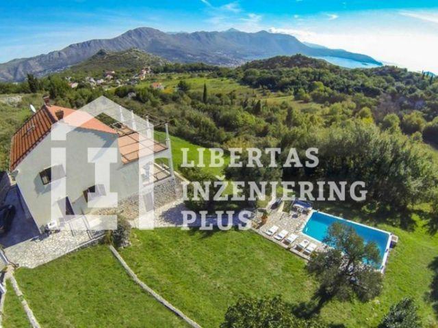 Vila za najam s bazenom u pozadini Župe Dubrovačke / INVESTICIJA
