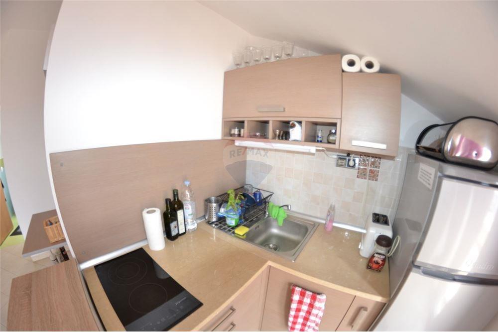 Novalja - apartman 40m2 s pogledom na uvalu