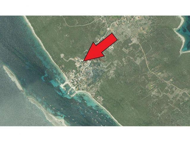 Premuda - građ. zemljište 707m2