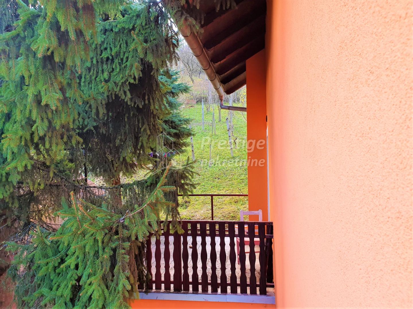 KAŠINA, kuća 180 m2