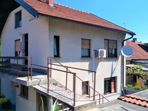 Rudeš, kuća sa popratnim objektima i dvorištem 215 m2