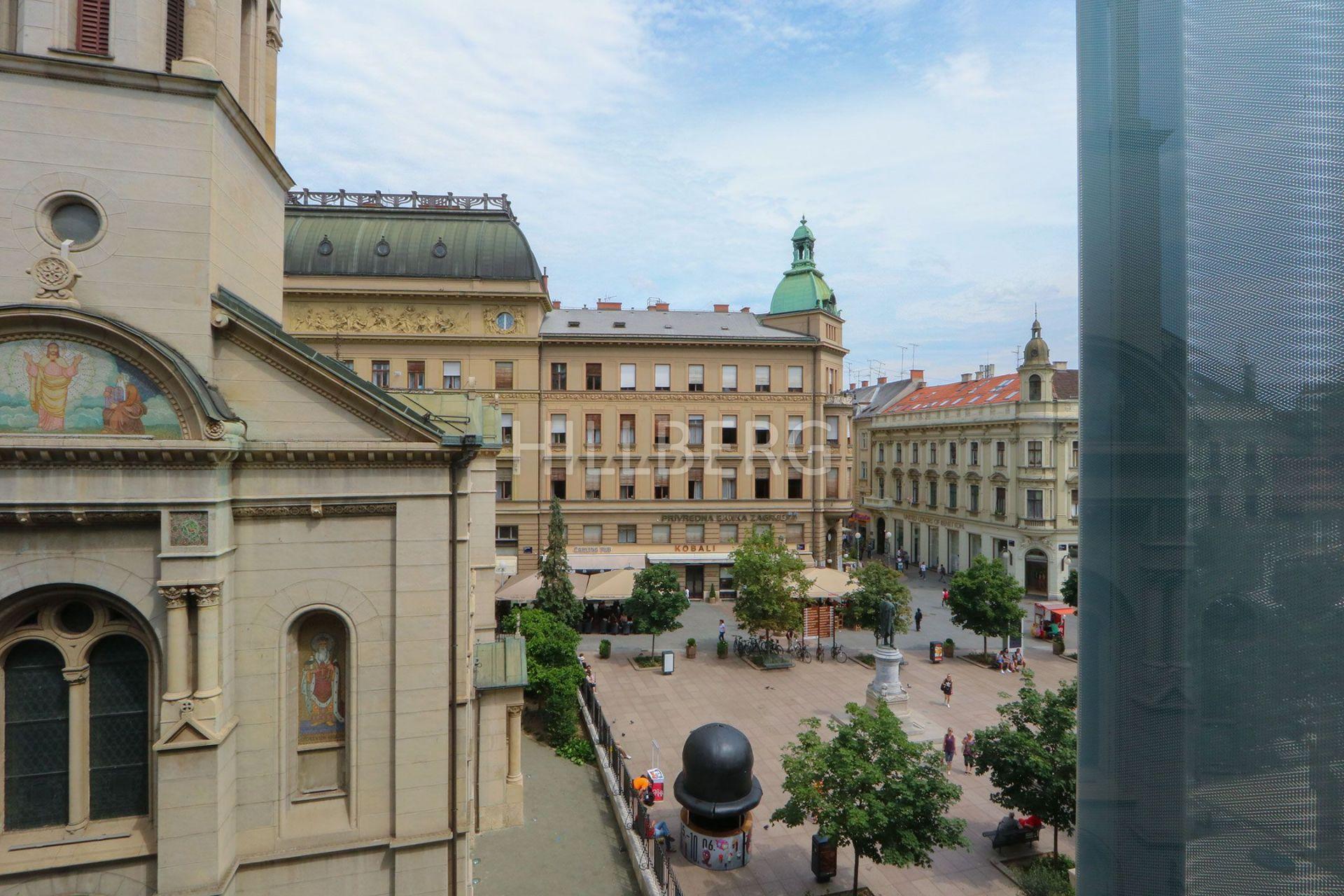 CVJETNI TRG - EKSKLUZIVAN S POGLEDO NA TRG - GARAŽA (STAN, NAJAM, ZAGREB)