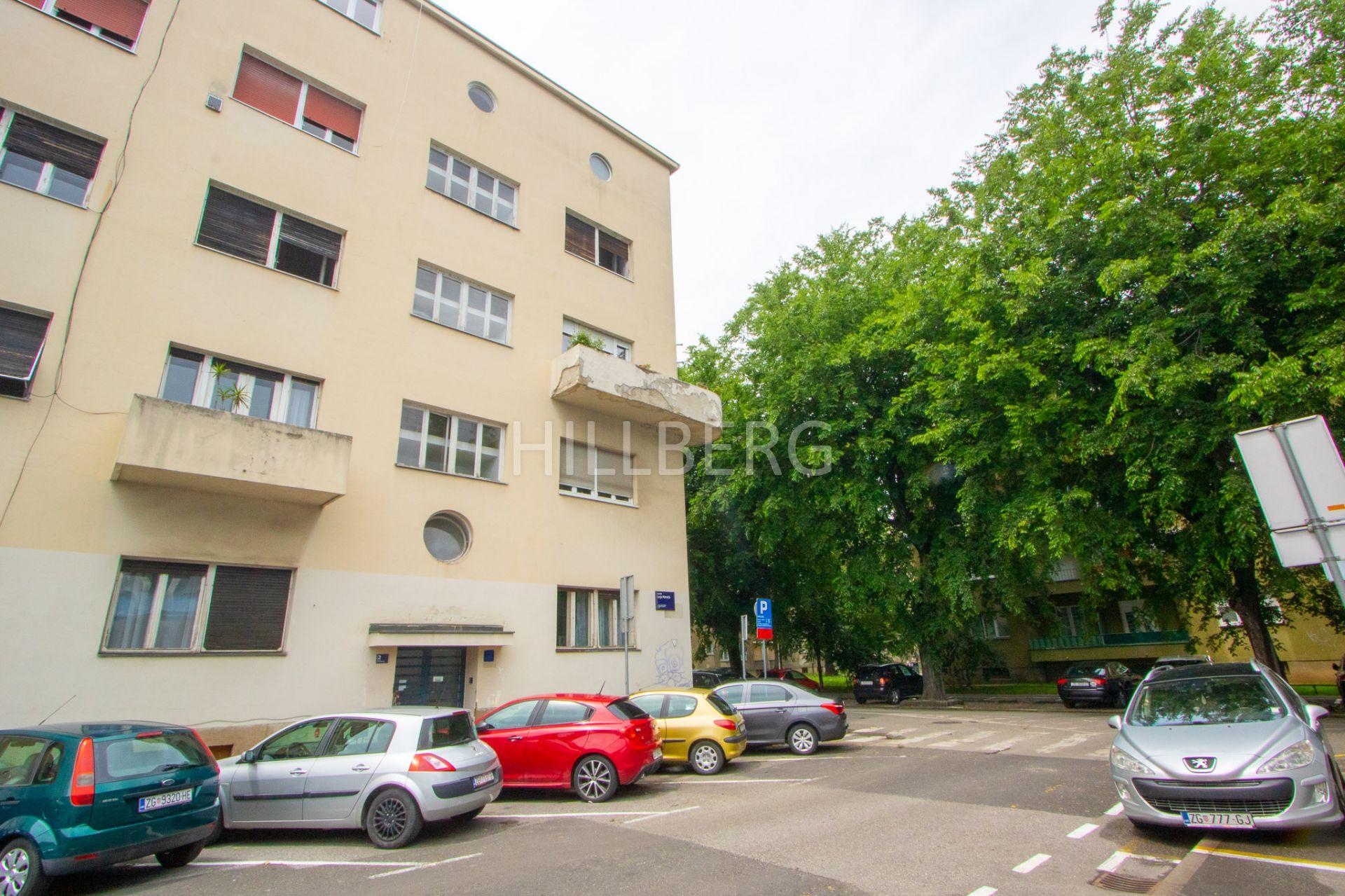 PLEMIĆEVA - BREŠĆENSKOGA - ODLIČNA ZGRADA: 115 M2, 5-SOB