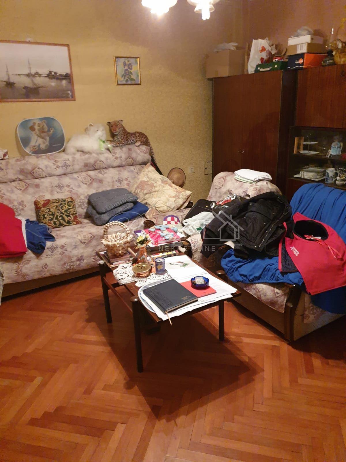 CRIKVENICA, PRVI RED DO MORA, 463.000 EUR