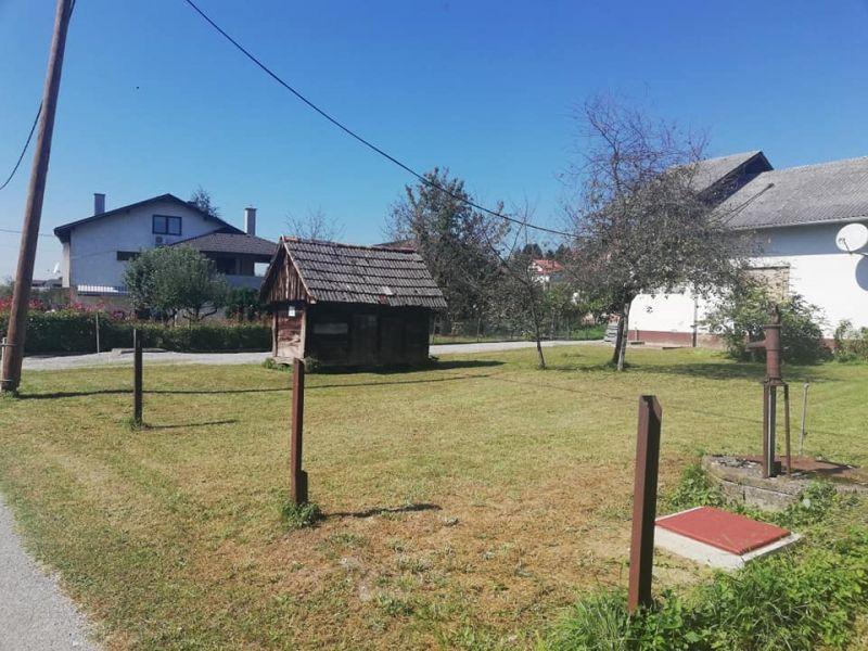 BRDOVEC ŠENKOVEC Zemljište u samom centru Šenkovca sa starom kućom