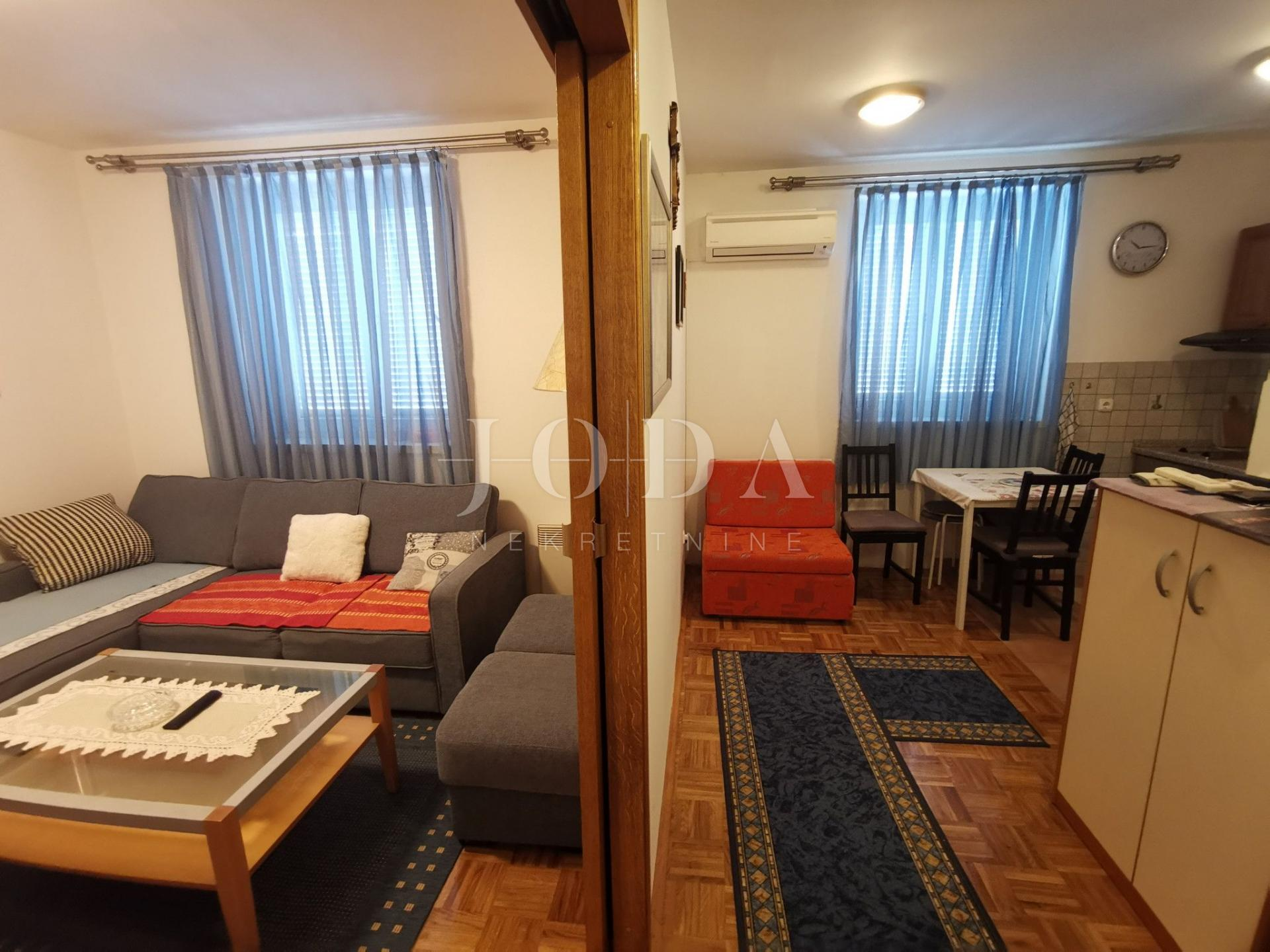 CRIKVENICA apartman sa dva parkirna mjesta