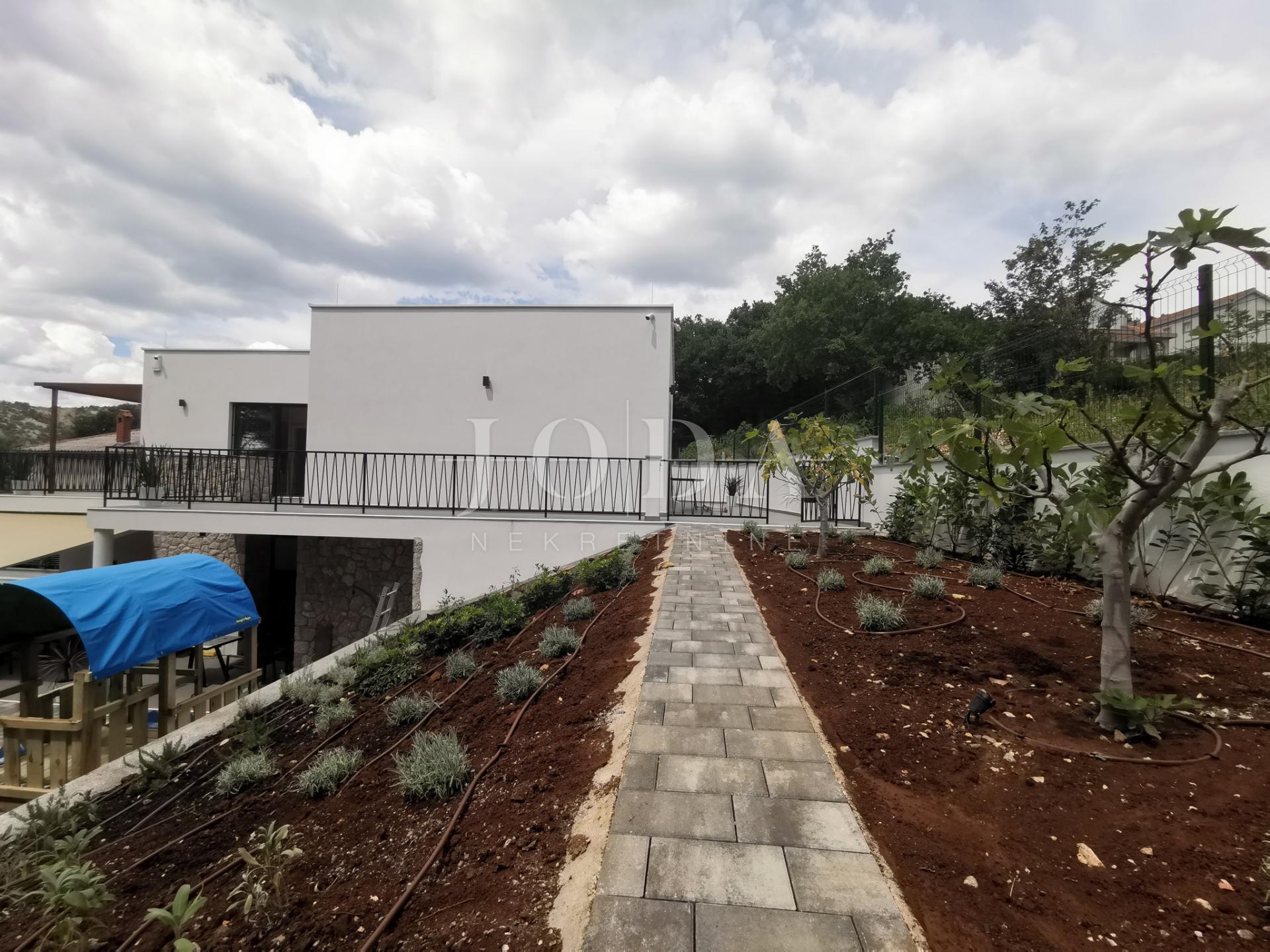 Novi Vinodolski moderna kuća
