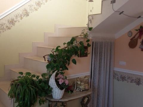 Samostojeća kuća roh bau