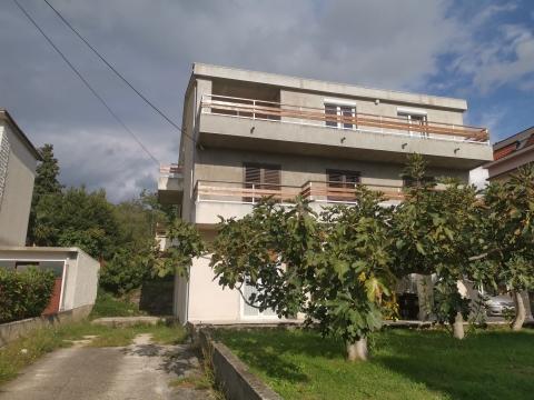 Crikvenica kuća sa 6 apartmana
