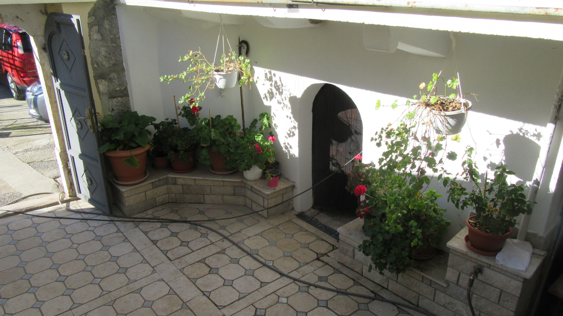 Adaptirana starija kuća