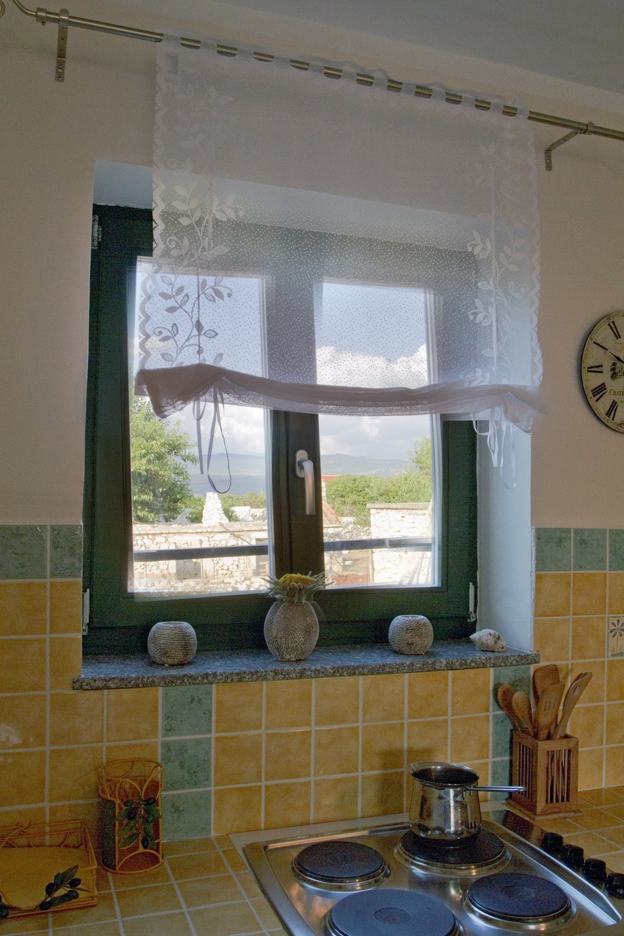 Lijepo adaptirana stara kamena kuća