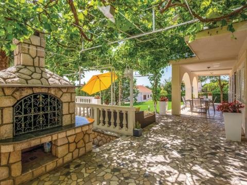 Kuća povoljna za turističko iznajmljivanje
