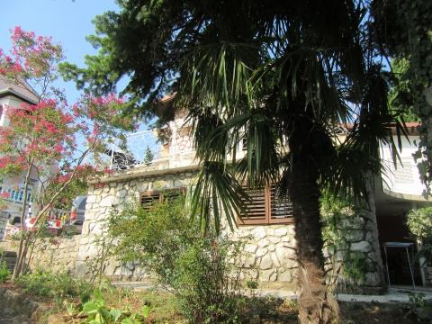 Crikvenica, kuća blizu mora