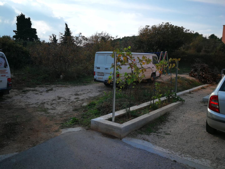 Građevinsko zemljište u Vodicama, dio-Obrove