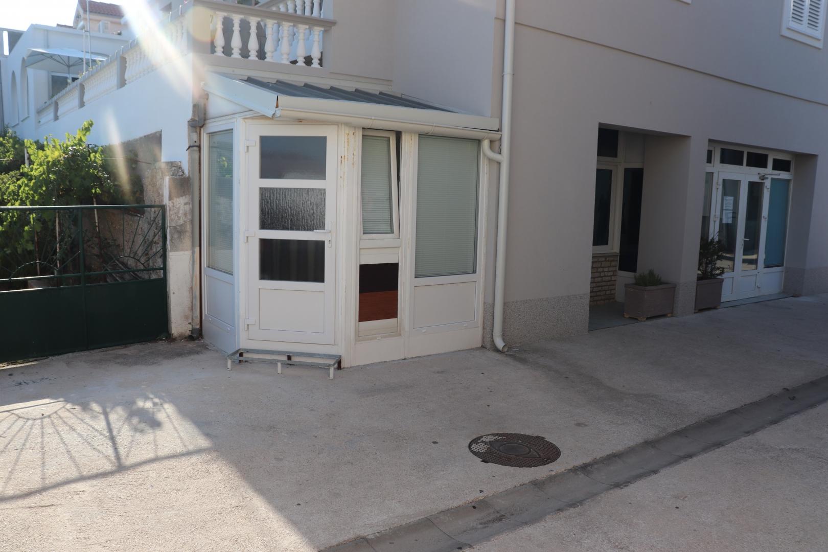 Kuća u centru Tribunja
