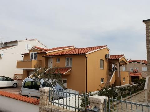Obiteljska kuća u Vodicama