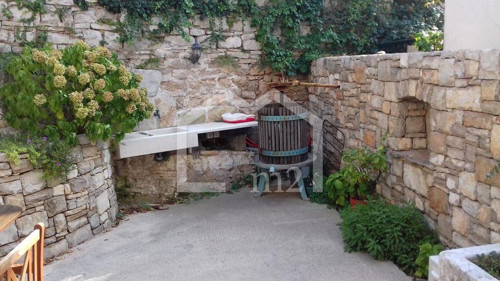 Kuća na Šolti