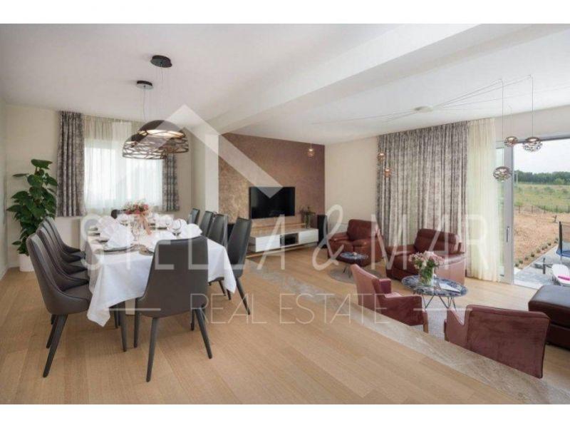 Luksuzna Villa - Poljica Brig