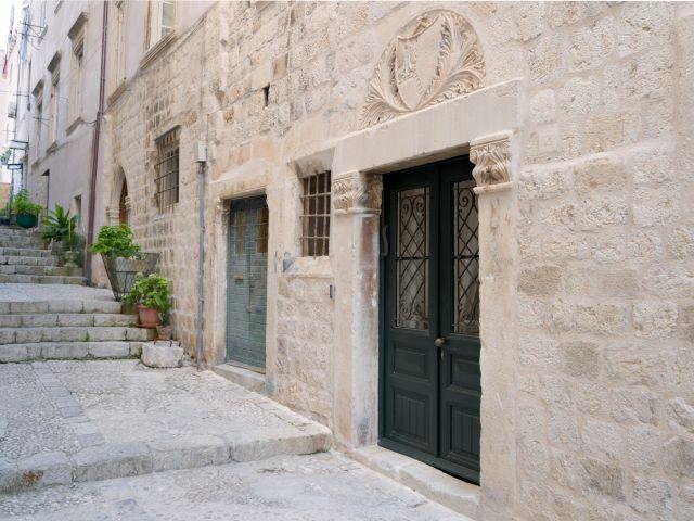 Bandureva street