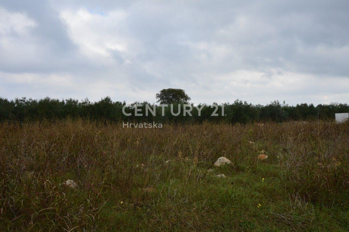 Grundstück Fažana, 3.685m2