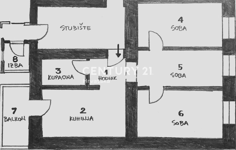 Dvosoban stan u strogom centru Pule