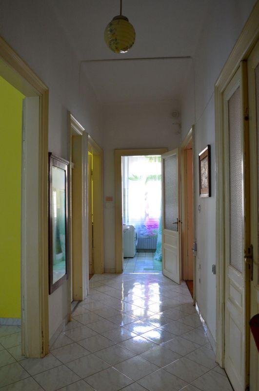 CENTAR: Stan u austrougarskoj vili