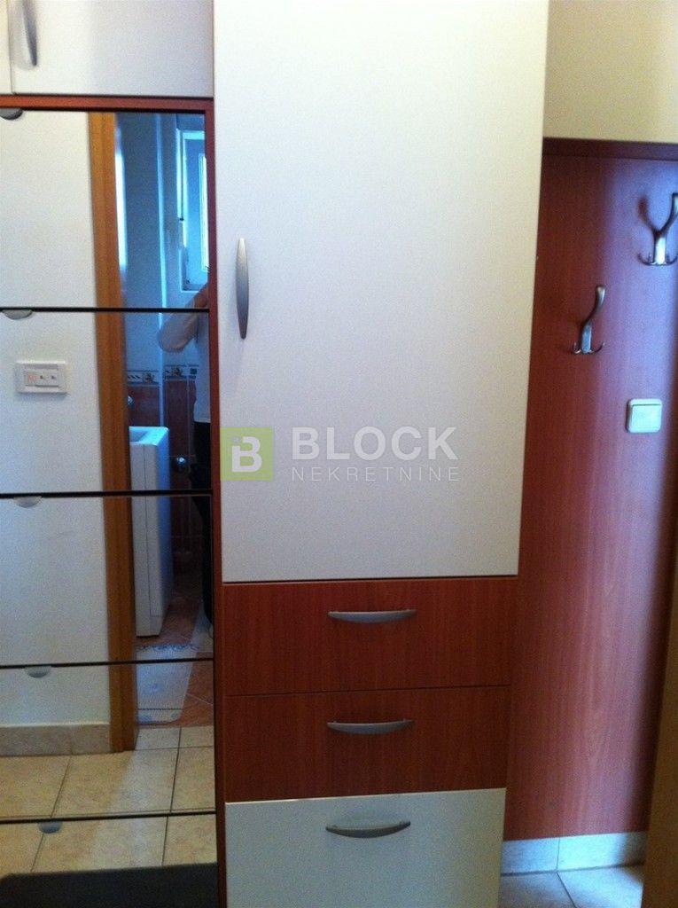 TREŠNJEVKA, 3-SOBNI STAN, 55 m2