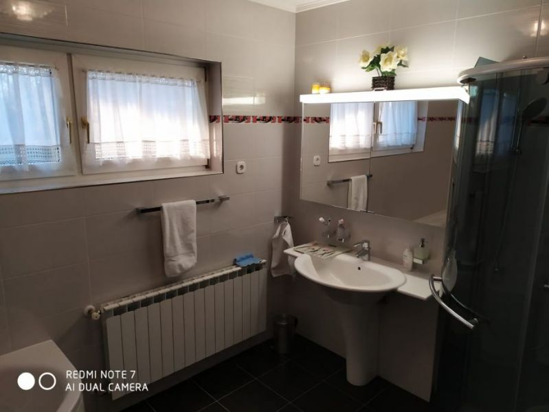 Kuća: Zagreb (Brezovica), katnica, 220.00 m2
