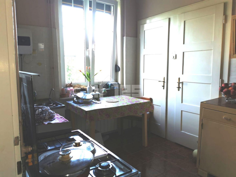 4-soban stan na Goljaku