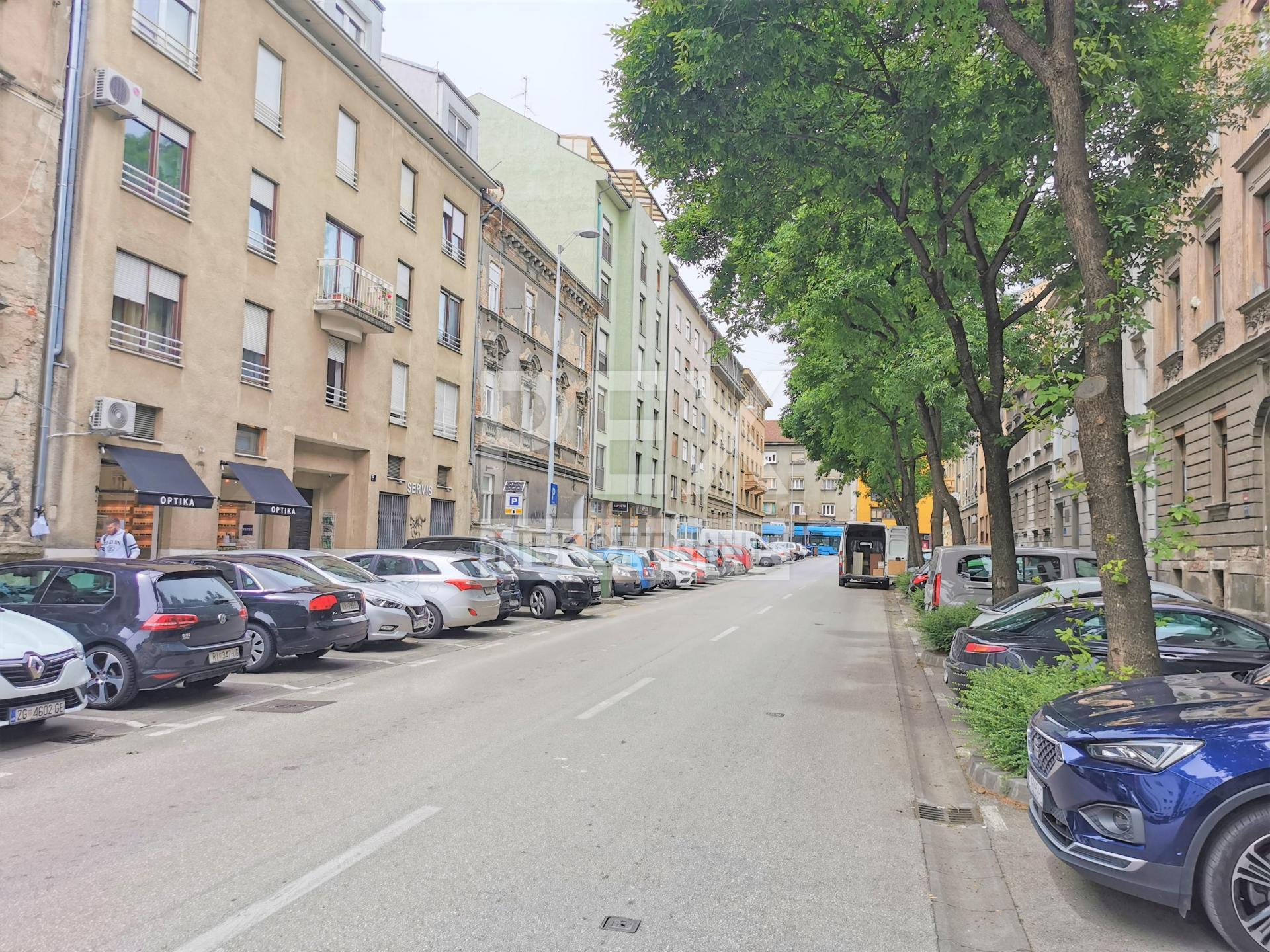 Najam: Slovenska, poslovni prostor 31m2