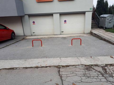 Garaža u Karlovcu