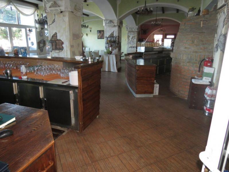 Poslovni prostor: Crikvenica, ugostiteljski, 6000 m2 (prodaja)