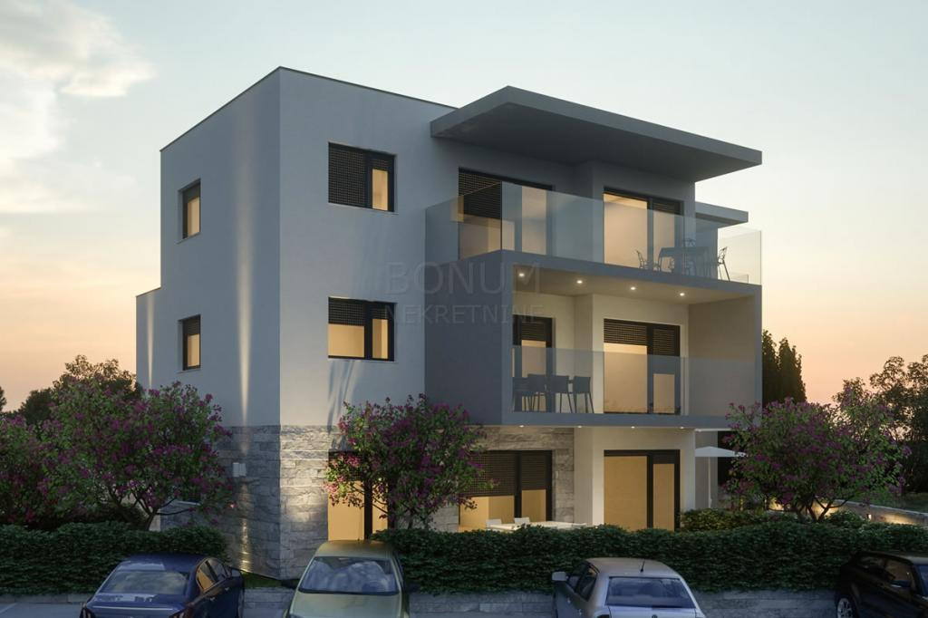 Attractive new apartment near the sea in Zaboric