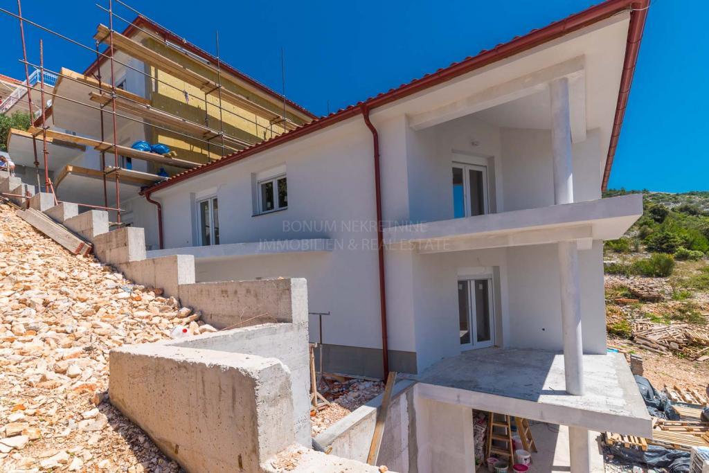 Novogradnja, Primošten, enosobno stanovanje v prizemlju