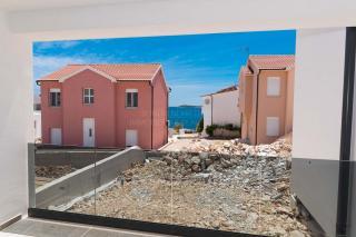 Rogoznica, top location, new apartment near the beach