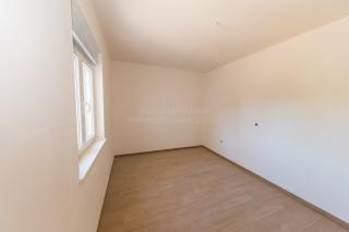 New building, luxury apartment near the beach, Vodice, Srima