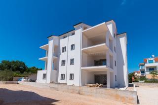 Neubau, Vodice, Srima, attraktive Wohnung mit zwei Schlafzimmern in der Nähe des Meeres und des Strandes