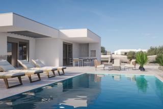 Predivna vila sa bazenom, Primošten