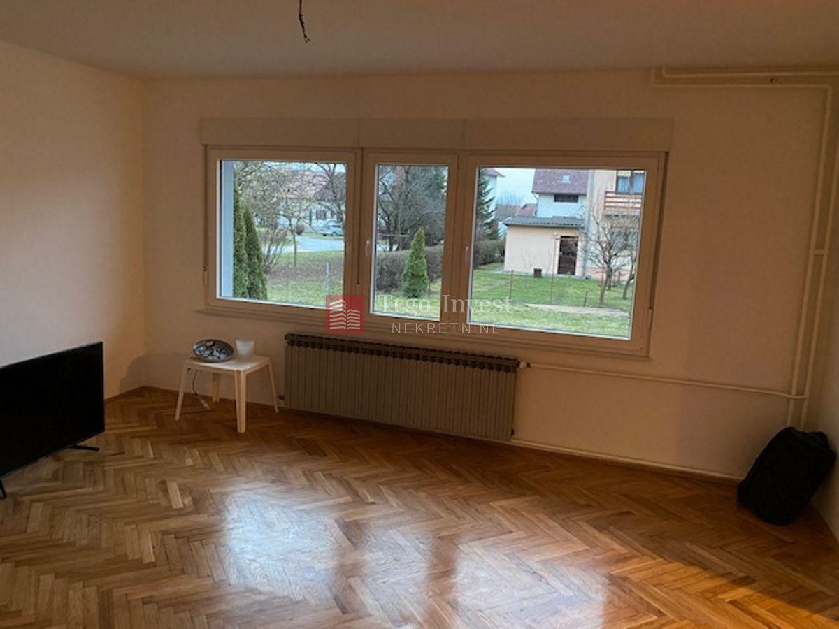 V.NOVAKA (Nas.M.Ivanić), katnica 160 m2+garaža, kompl. novouređena.