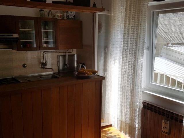 Sv. Antuna, Slavonski Brod, katnica P+1+Ptk, 220 m2, ok. 1000 m2