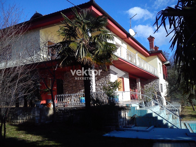 Samostojeća kuća sa bazenom, Matulji, 400m2