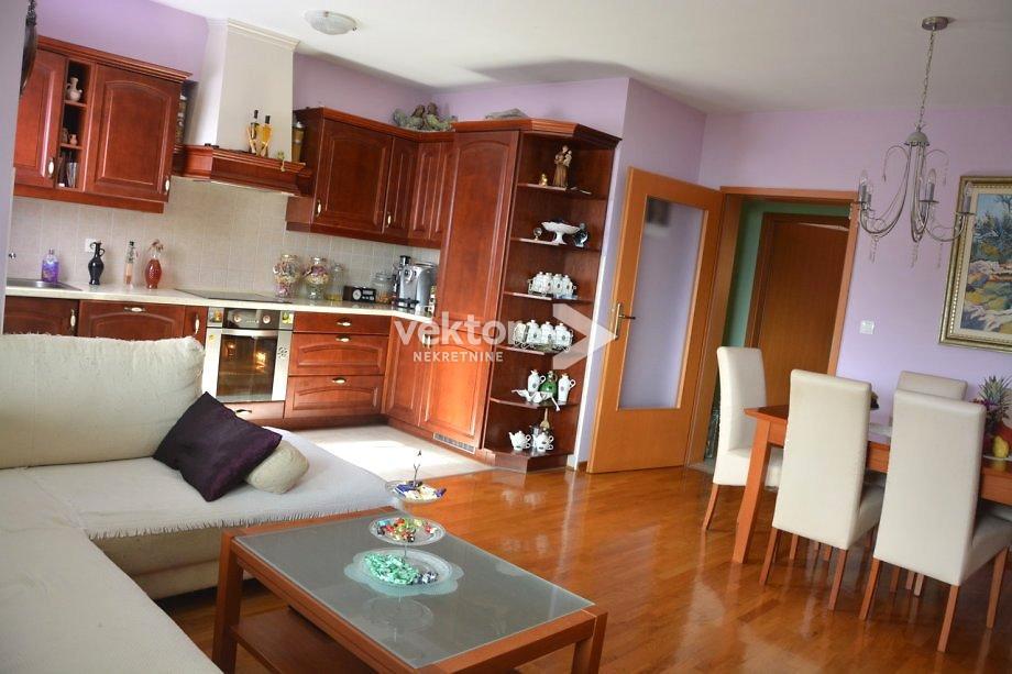Wohnung Pobri, Opatija - Okolica, 82m2