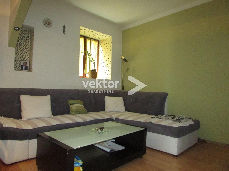 Casa Donja Vežica, Rijeka, 106m2
