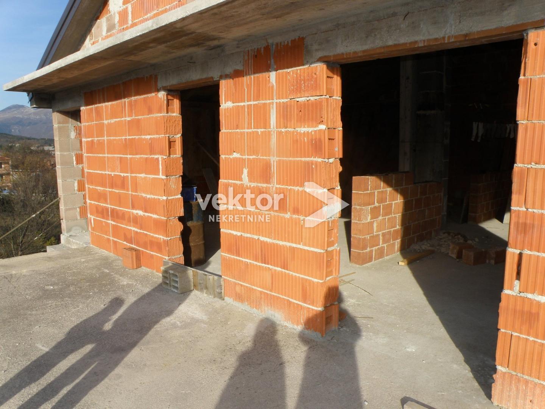 Čavle, etaža, 87.50m2, roh-bau