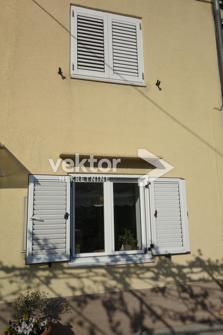 Casa Donja Vežica, Rijeka, 132m2