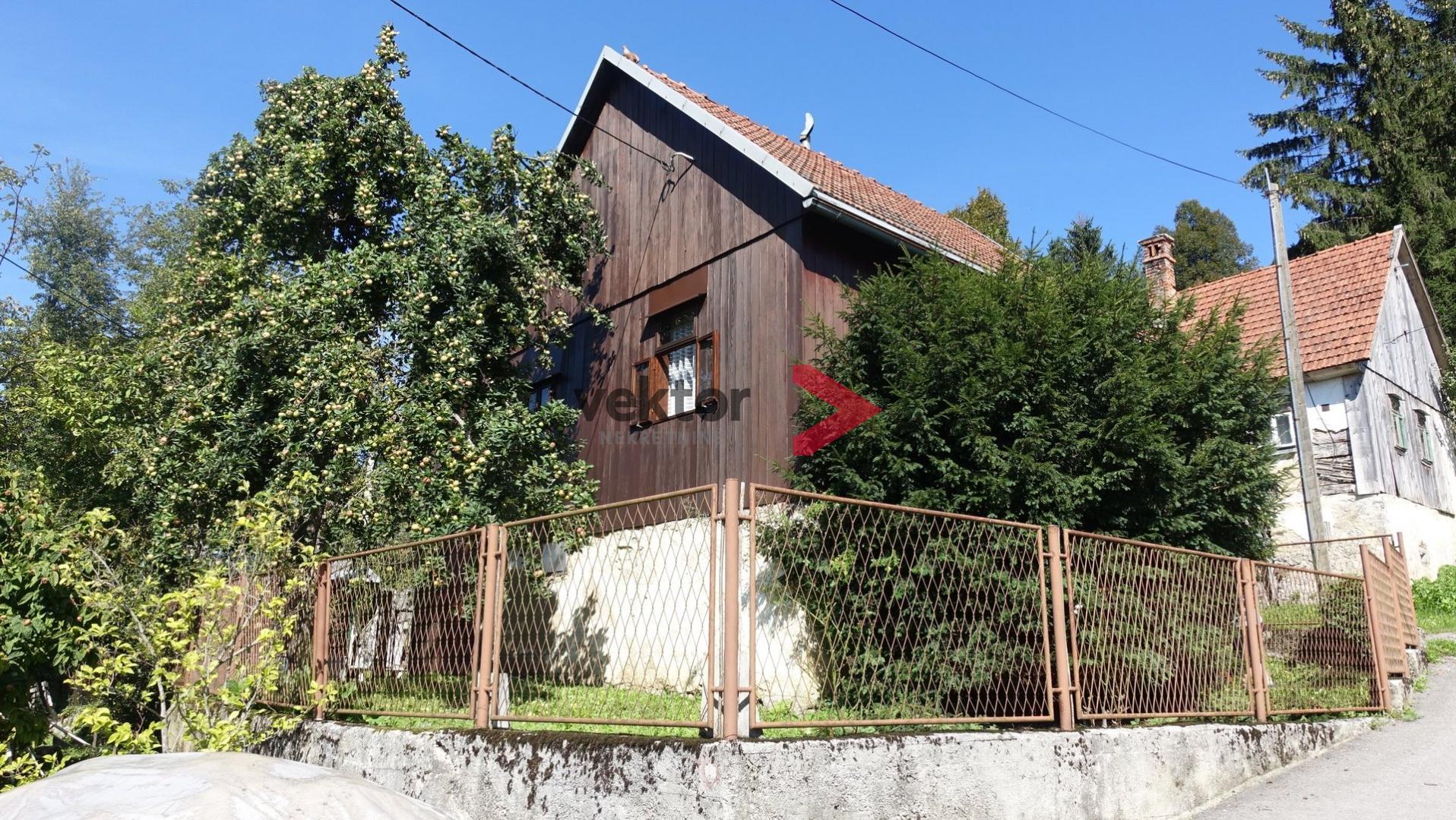 Kuća, Brod na Kupi, 70m2, velika okućnica