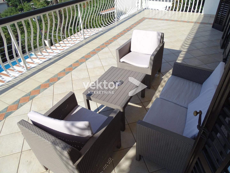 Stan, Kastav, Brestovice, 300m2, bazen, iznajmljivanje