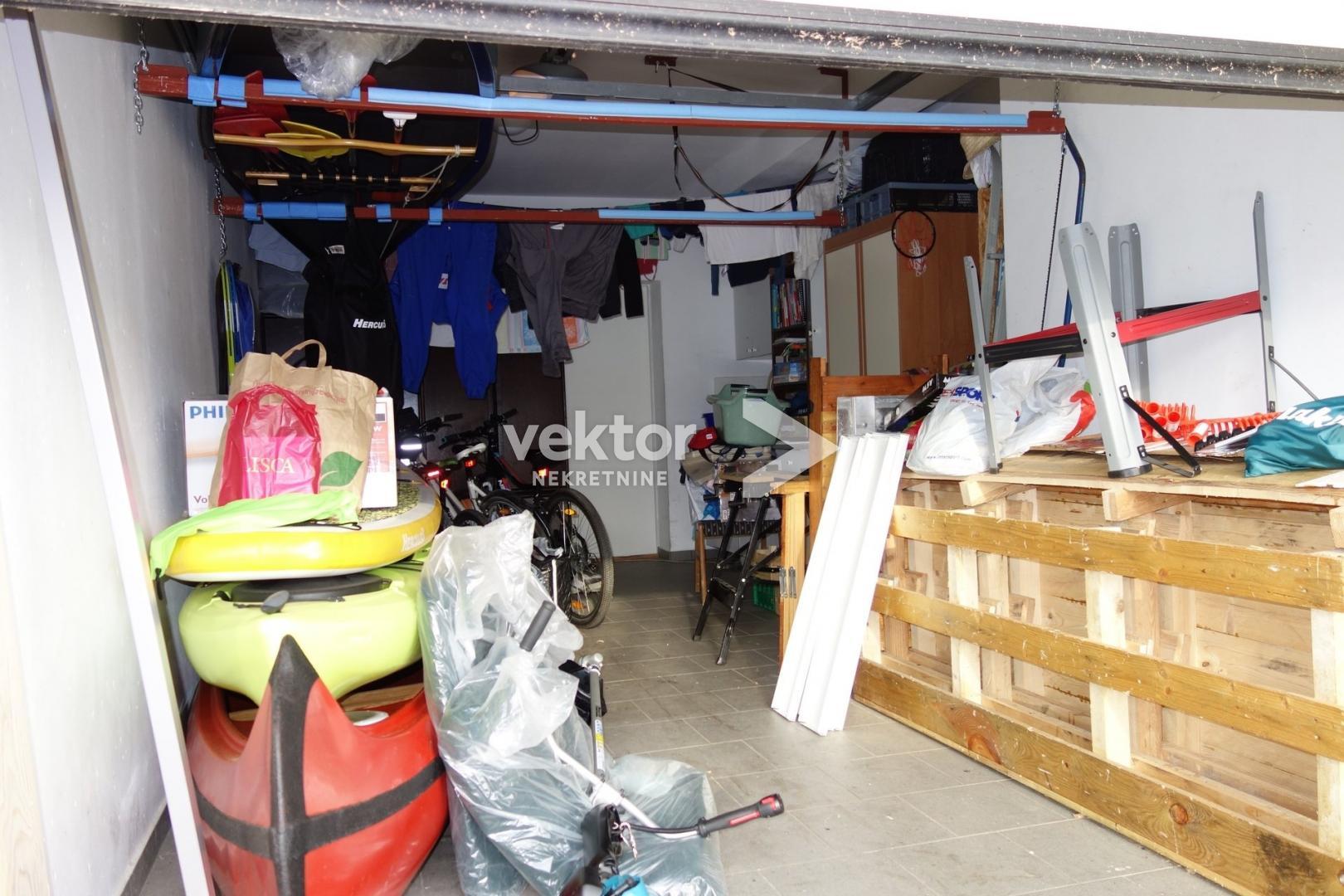 Stan, Zamet, 74m2, 2s+db, garaža, novogradnja