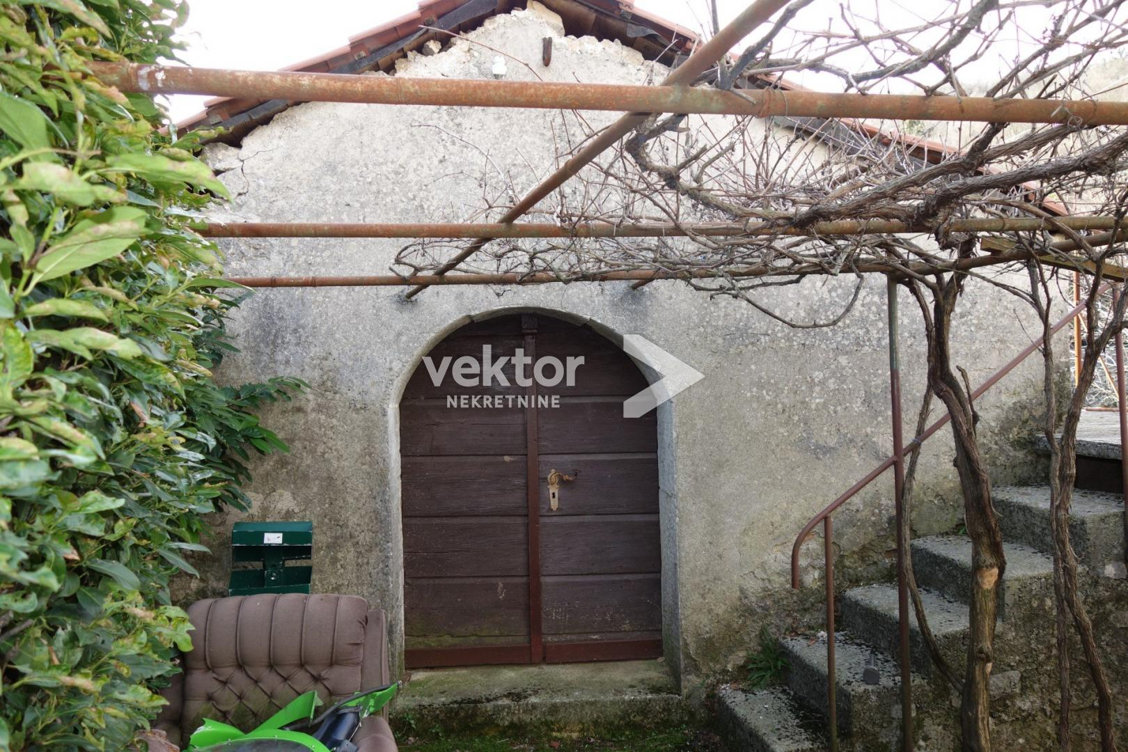 Kuća, Rukavac, 166m2, manja okućnica