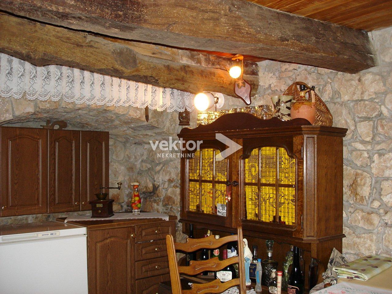 Haus Dobrinj, 100m2